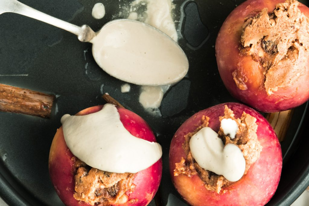 maple baked apples with peanut butter