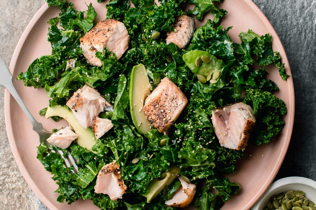 kale salad with salmon