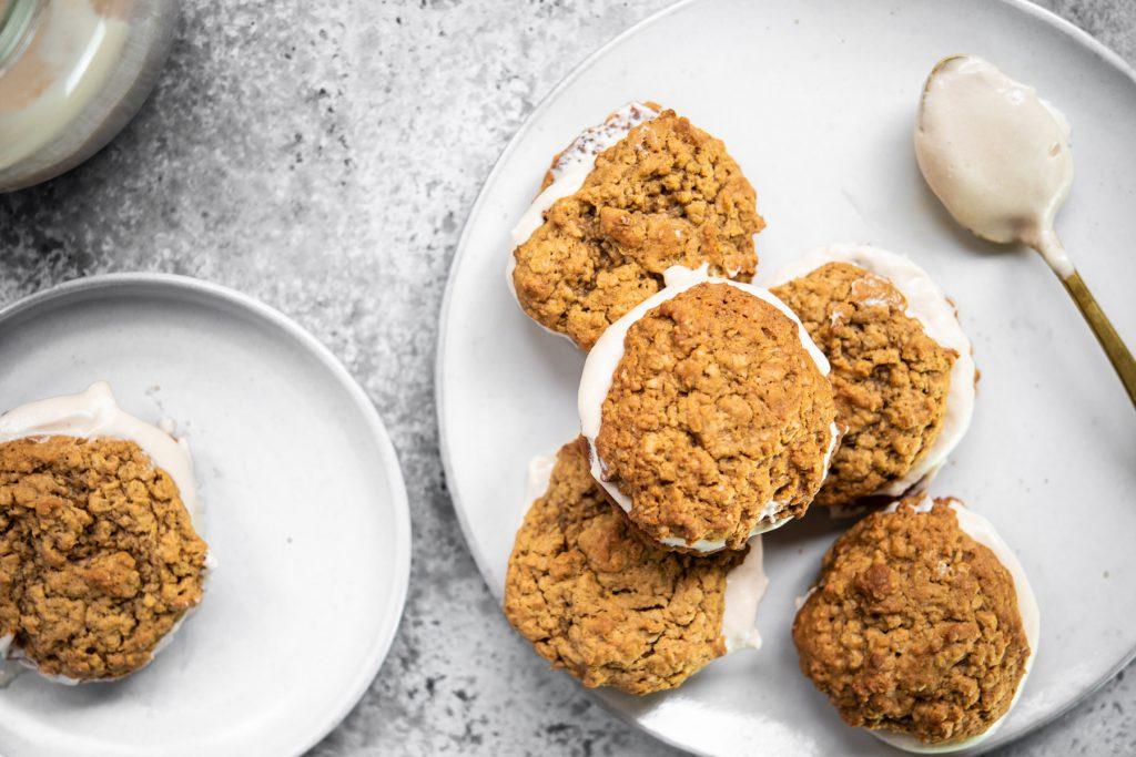 peanut butter oatmeal fluffernutter cookies