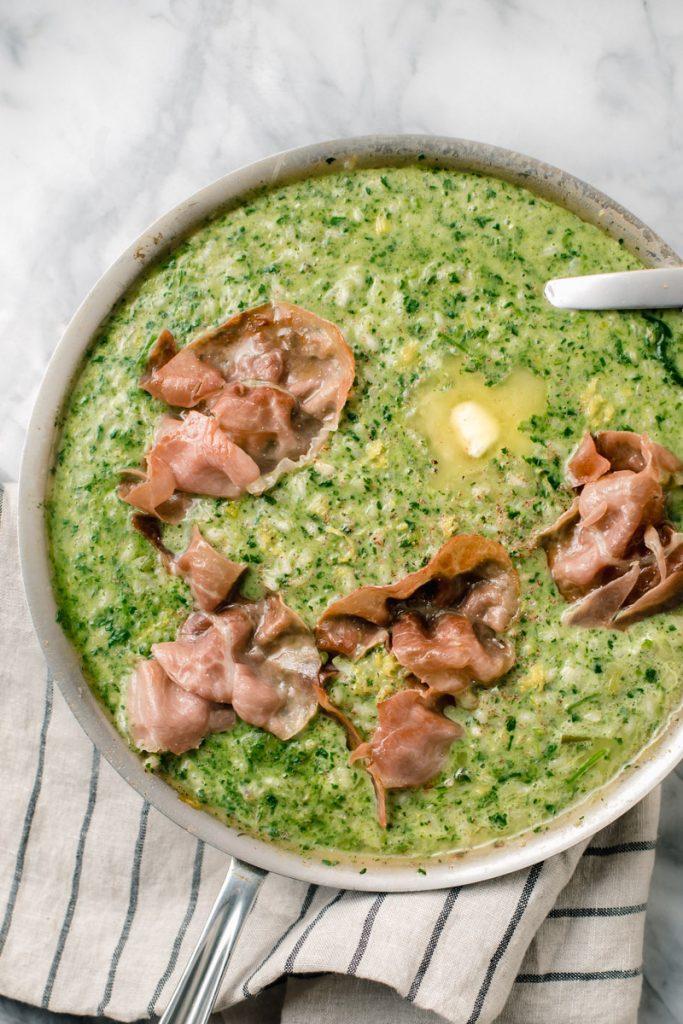 spinach and lemon risotto with crispy prosciutto