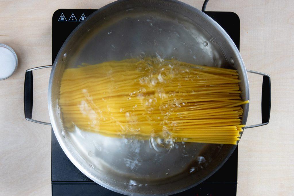 Bucatini in boiling water